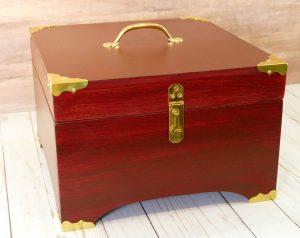 Coronet Box by Gregor